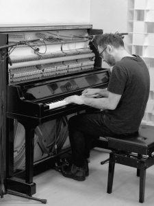 ATC_Luke_Lukktone_Piano_2_BW_web